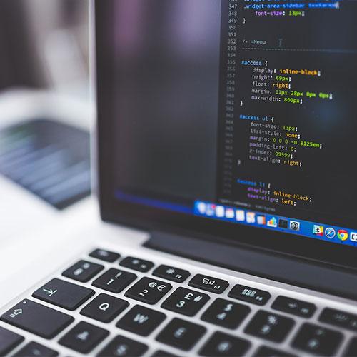 Szoftverfejlesztő tanfolyam - Szoftverkód