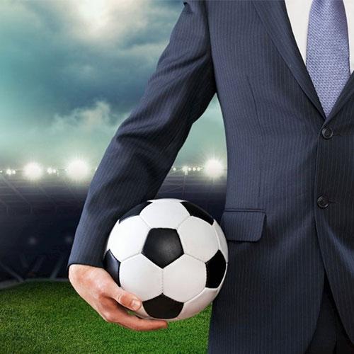 Sportszervező, -menedzser tanfolyam - Menedzser focilabdával